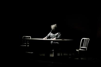 Travis Bedard as Katurian. Copyright Christopher Loveless